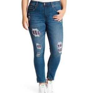 NWT Melissa McCarthy Slimming7 Skinny Jean Size 20